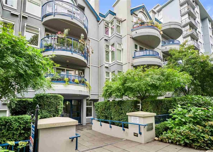 411 1924 Comox Street, Vancouver