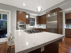 10 2555 Skilift Road, West Vancouver