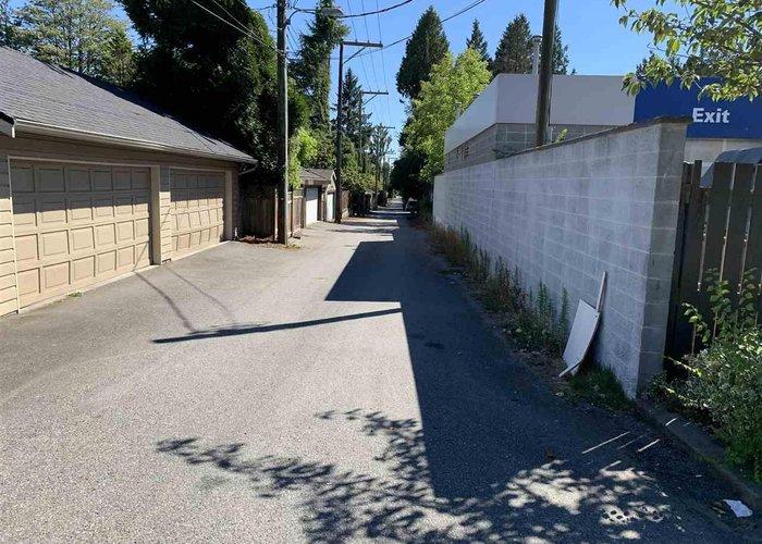 5828 Granville Street, Vancouver