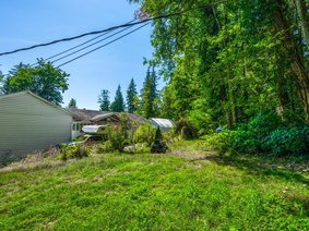 27132 Dewdney Trunk Road, Maple Ridge