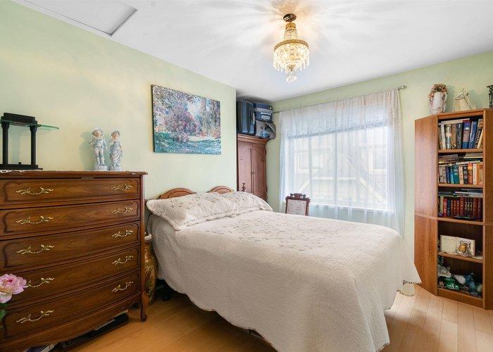 24 2378 Rindall Avenue, Port Coquitlam