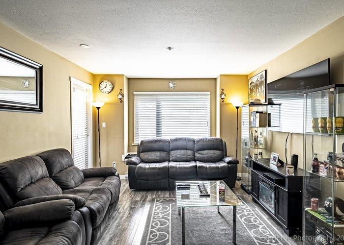 211 2373 Atkins Avenue, Port Coquitlam