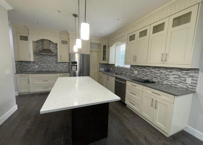 21528 Donovan Avenue, Maple Ridge