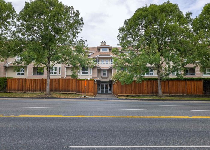 206 19721 64 Avenue, Langley