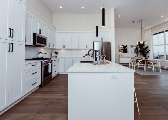 606 22633 Selkirk Avenue, Maple Ridge