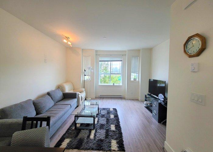 3 9989 240a Street, Maple Ridge