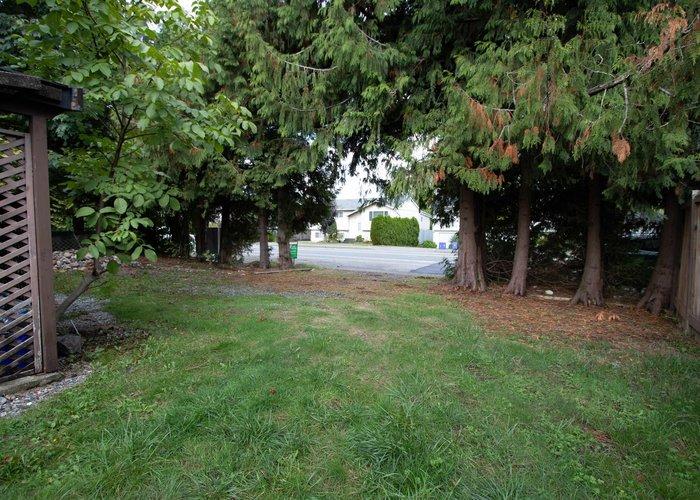 26544 32 Avenue, Langley