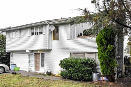 R2137790 - 20217-20219 53 AVENUE, Langley City, Langley, BC - Duplex