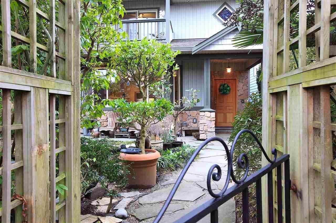 R2146139 - 1671 TATLOW AVENUE, Pemberton NV, North Vancouver, BC - House/Single Family