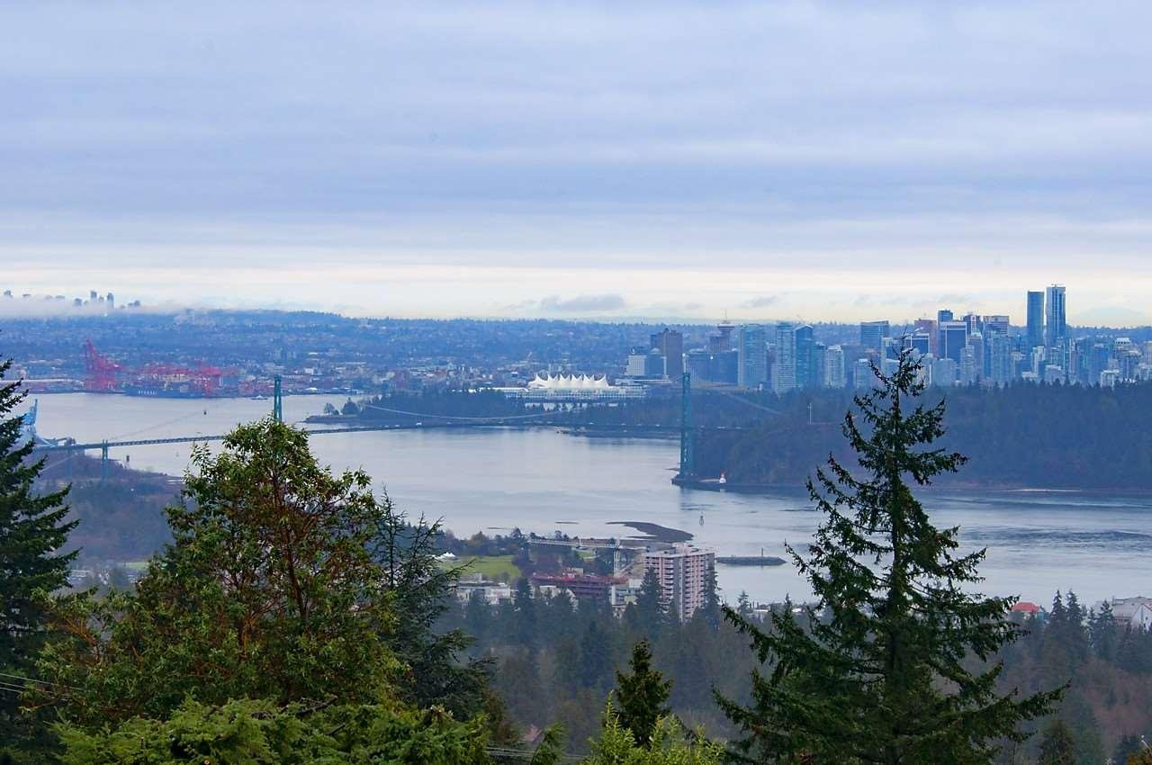R2146700 - 49 2202 FOLKESTONE WAY, Panorama Village, West Vancouver, BC - Apartment Unit