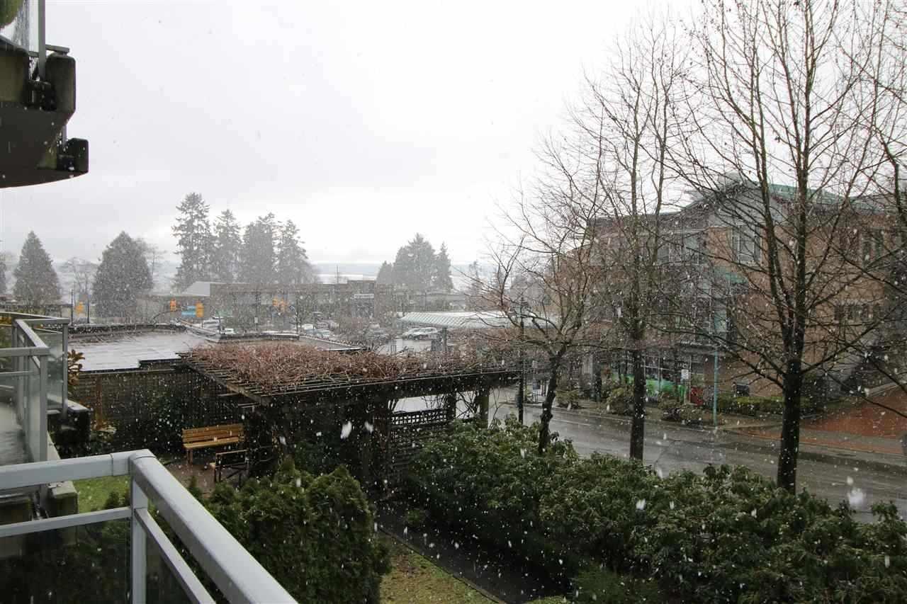 R2155556 - 202 588 16TH STREET, Ambleside, West Vancouver, BC - Apartment Unit