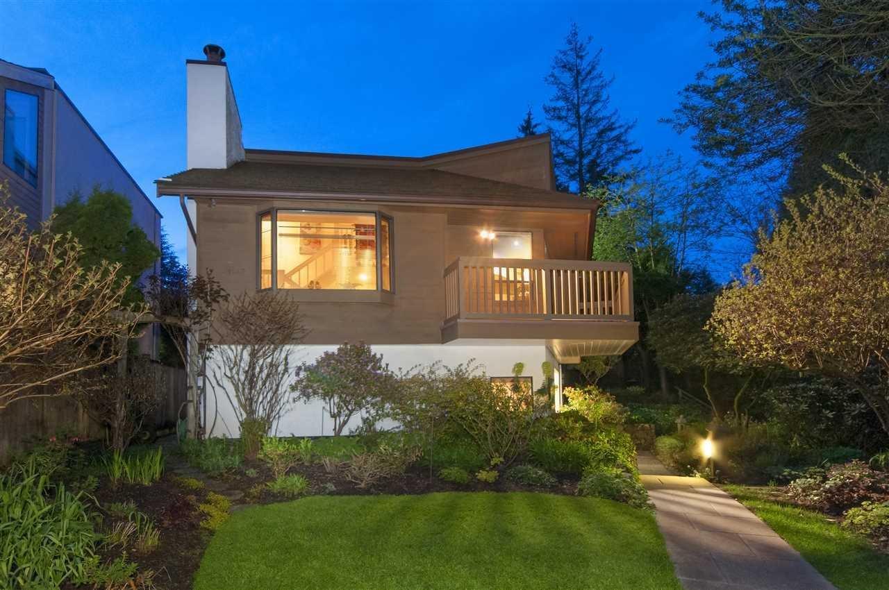 R2166674 - 1449 FULTON AVENUE, Ambleside, West Vancouver, BC - House/Single Family