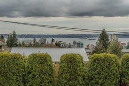 R2171290 - 2115 LAWSON AVENUE, Dundarave, West Vancouver, BC - House/Single Family