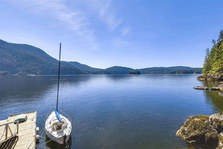 R2174999 - 305 SASAMAT LANE, Woodlands-Sunshine-Cascade, North Vancouver, BC - House/Single Family