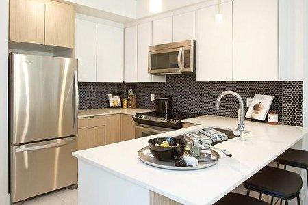 R2180737 - 115 6438 195A STREET, Clayton, Surrey, BC - Apartment Unit