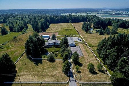 R2187529 - 7525 BRADNER ROAD, Bradner, Abbotsford, BC - House with Acreage