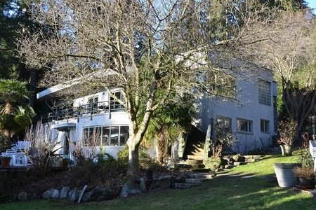 R2190868 - 2909 MATHERS AVENUE, Altamont, West Vancouver, BC - House with Acreage
