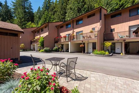 R2190944 - 1534 MCNAIR DRIVE, Lynn Valley, North Vancouver, BC - Townhouse