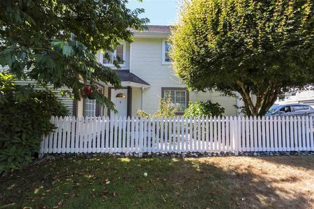 R2193767 - 63 3939 INDIAN RIVER DRIVE, Indian River, North Vancouver, BC - Townhouse