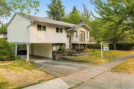 R2194401 - 18201 61B AVENUE, Cloverdale BC, Surrey, BC - House/Single Family