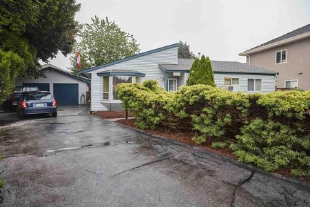 R2198618 - 6864 KILBURN PLACE, West Newton, Surrey, BC - House/Single Family
