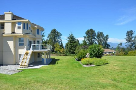 R2199767 - 17457 ABBEY DRIVE, Fraser Heights, Surrey, BC - House with Acreage