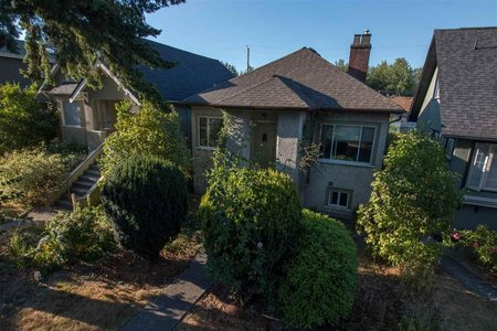 R2200583 - 2831 PANDORA STREET, Hastings East, Vancouver, BC - House/Single Family
