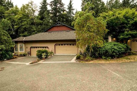 R2202735 - 1053 STRATHAVEN DRIVE, Northlands, North Vancouver, BC - Townhouse