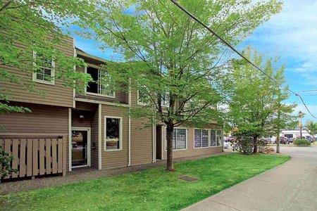 R2203239 - 205 5830 176A STREET, Cloverdale BC, Surrey, BC - Apartment Unit