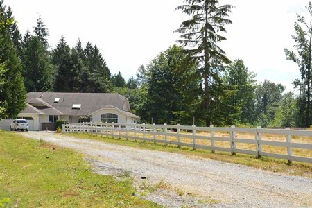 R2203708 - 29108 58 AVENUE, Bradner, Abbotsford, BC - House with Acreage