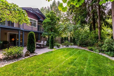 R2204532 - 1172 STRATHAVEN DRIVE, Northlands, North Vancouver, BC - Townhouse