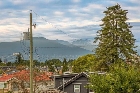 R2204624 - 4689 DUMFRIES STREET, Knight, Vancouver, BC - House/Single Family