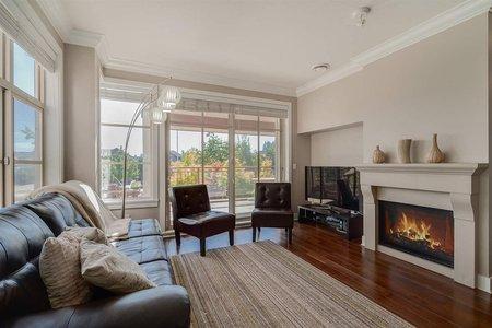 R2204721 - 205 16483 64 AVENUE, Cloverdale BC, Surrey, BC - Apartment Unit