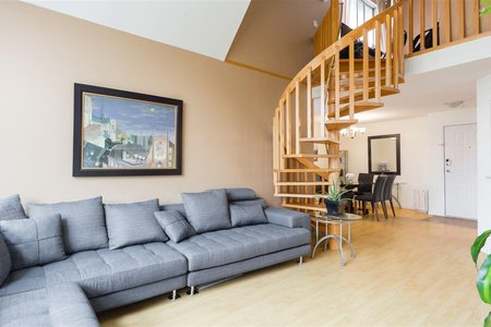 R2204921 - 303 7161 121 STREET, West Newton, Surrey, BC - Apartment Unit