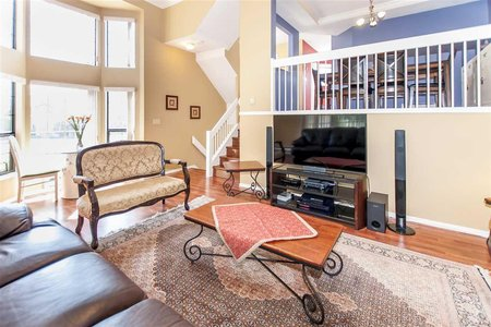 R2204983 - 1 8591 BLUNDELL ROAD, Brighouse South, Richmond, BC - Townhouse