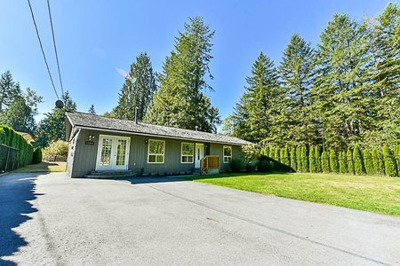 R2205658 - 23444 DOGWOOD AVENUE, East Central, Maple Ridge, BC - House with Acreage