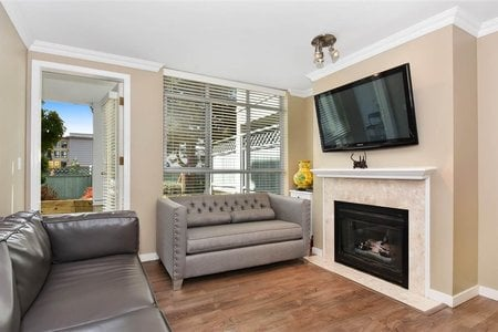 R2206921 - 105 855 W 16TH STREET, Hamilton, North Vancouver, BC - Apartment Unit