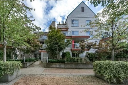 R2207413 - D206 9838 WHALLEY BOULEVARD, Whalley, Surrey, BC - Apartment Unit