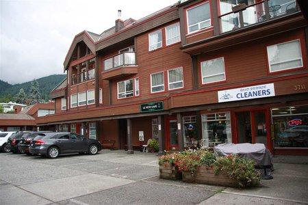 R2207927 - 303 3711 DELBROOK AVENUE, Upper Delbrook, North Vancouver, BC - Apartment Unit