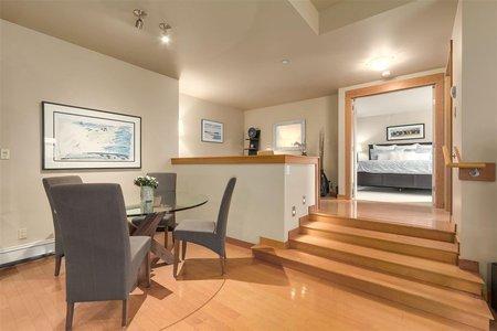 R2211105 - 102 550 17TH STREET, Ambleside, West Vancouver, BC - Apartment Unit