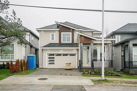 R2211727 - 18338 68 AVENUE, Cloverdale BC, Surrey, BC - House/Single Family