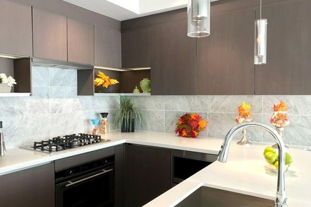 R2211804 - 4703 13696 100 AVENUE, Whalley, Surrey, BC - Apartment Unit