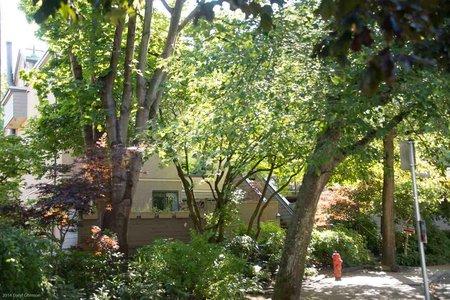 R2214232 - 752 MILLYARD STREET, False Creek, Vancouver, BC - Townhouse