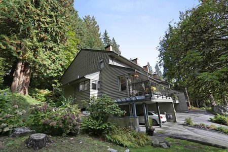 R2214486 - 822 FREDERICK ROAD, Lynn Valley, North Vancouver, BC - Townhouse