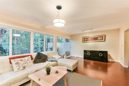 R2214681 - 815 WESTVIEW CRESCENT, Upper Lonsdale, North Vancouver, BC - Townhouse