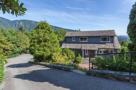 R2215245 - 570 ST. ANDREWS PLACE, Glenmore, West Vancouver, BC - House/Single Family
