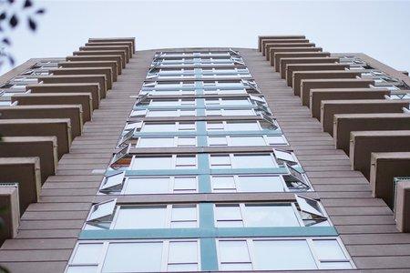 R2215451 - 910 5189 GASTON STREET, Collingwood VE, Vancouver, BC - Apartment Unit