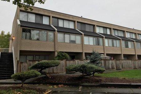 R2215890 - 7 17700 60 AVENUE, Cloverdale BC, Surrey, BC - Apartment Unit