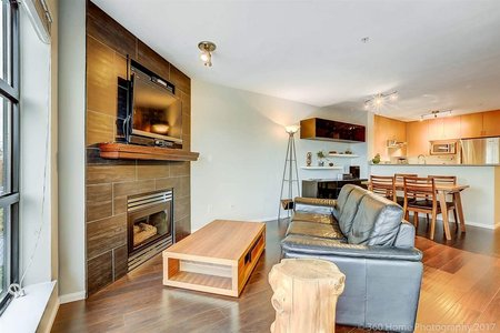 R2215946 - 410 124 W 3RD STREET, Lower Lonsdale, North Vancouver, BC - Apartment Unit
