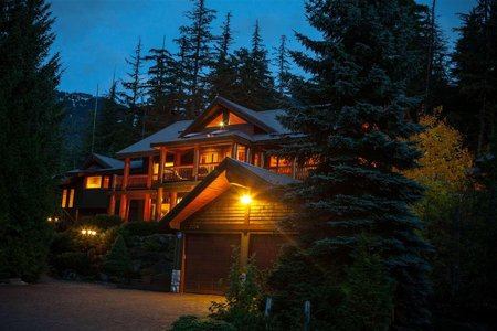 R2216166 - 2776 COYOTE PLACE, Bayshores, Whistler, BC - House/Single Family